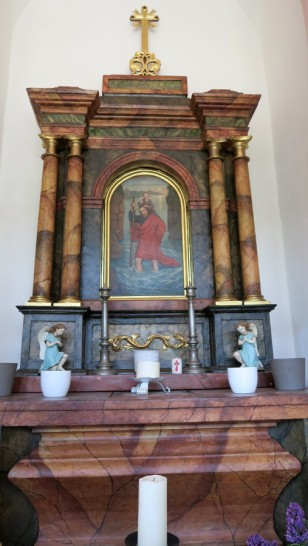 The altar at the Stile Nacht Kappelle
